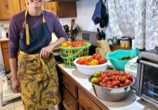 Becca-cans-salsa-with-vegetables-from-the-Angelica-Village-garden-by-A-Van-Der-Kamp.jpg